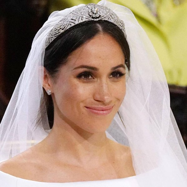 Pornhub рассказал, какое порно искали во время свадьбы Меган Маркл и принца Гарри