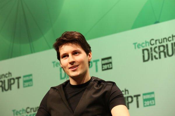 Павла Дурова наградили за принципиальную позицию против цензуры