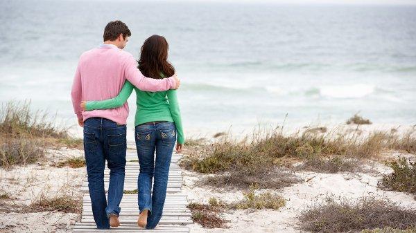 Молодеющая с годами супружеская пара из США поразила пользователей