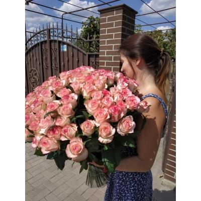 Доставить цветы за границу
