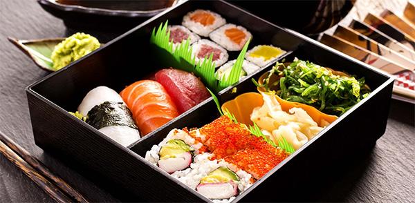 Доставка японской еды на дом или в офис в Москве и МО